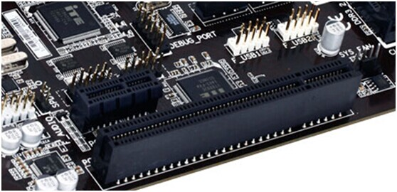 技嘉AERO系列笔记本搭载第八代Intel六核心处理器和NVDIA GeForce GTX独显,轻薄机身+大容量电池,拥有144Hz+窄边框屏幕,重新定义轻薄型笔记本!